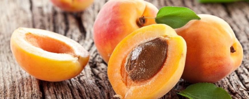 Benefits of Apricots, uses and side effects