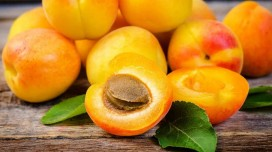 Apricot: benefits, properties and recepies